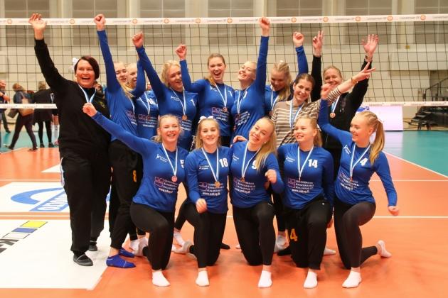 B-tytöt pronssia 2016